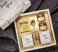 Mini Honey Gift Box Gold White