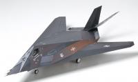 TAMIYA 1/48 LOCKHEED F 117A NIGHTHAWK