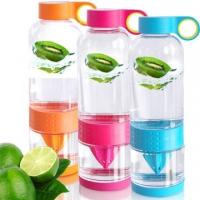 [TAITRA] ขวดคั้นน้ำผลไม้ใช้ได้สามแบบ