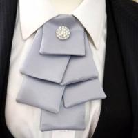 Christmas tree diamond neck tie