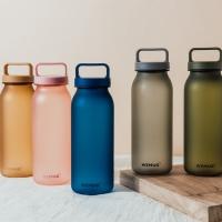 (WEMUG)【WEMUG】Large-capacity milk bottle shape accompanying cup 620ml-mist flour
