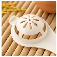 READY STOCK SHP] PENAPIS TELUR MERAH DAN PUTIH / White Egg Yolk Separator Tool - Kitchen Gadget