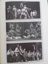 《在那光明的季节里》——1971年香港銀星藝術團吉隆坡賑災義演始末(附原聲唱片光碟) In The Season of Light -- The Story of 1971 The Movie Star Arts Troupe (Hong Kong) Charity Performance for Kuala Lumpur Flood Relief (with Soundtrack CD)