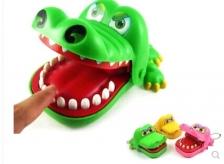 Keychain Classic Biting Hand Crocodile Game Kids Family Children Toy